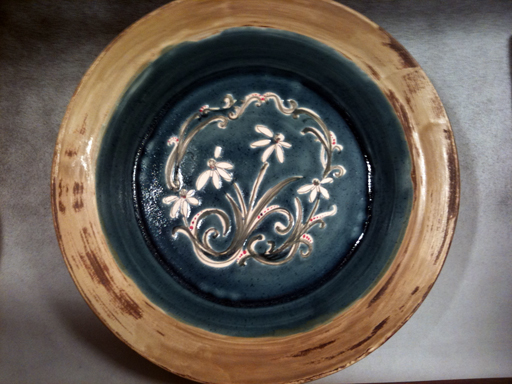 Blue and Brown Daisy Deep Dish