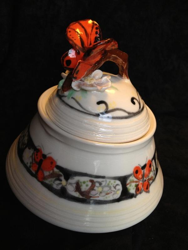 Butterfly wish pot