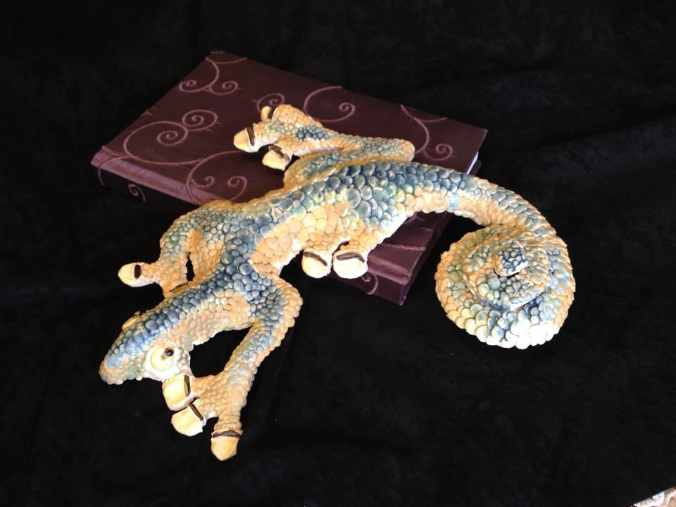 Lizard wall hanging